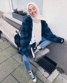 Hijab Fashion 631066966515076361 - Hijab başörtülü giyim modelleri Source by Hasa_oud Modern Hijab Fashion, Street Hijab Fashion, Hijab Fashion Inspiration, Arab Fashion, Muslim Fashion, Modest Fashion, Trendy Fashion, Fashion 2020, Hijab Casual