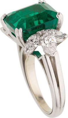 Colombian Emerald, Diamond & Platinum Ring