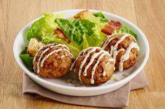 Des boulettes de dinde simples, polyvalentes, tendres et succulentes grâce à la vinaigrette César. Miam!