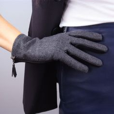 Aldo Touchscreen Fringe Plaid Gloves Wrist Mittens Grey Tweed Wool Black Leather | eBay