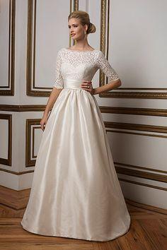 2016 Wedding Dresses, Stunning Wedding Dresses, Wedding Dresses Plus Size, Wedding Dress Styles, Bridal Dresses, Dresses 2016, Gown Wedding, Women's Dresses, Lace Wedding