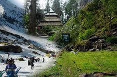 www.Tourtravelworld.com presents the list of 15 best travel agents in Manali. learn to know more about #sightseeing, #attractions in #Manali which are must-see destination in Manali. Find travel agents for #ManaliTour. Book Manali holiday package now! #tourtravelworld #manaliholidaypackage #kullumanali #dalhousie #dharampur #kufri #kullu #manali #shimla #dharamshala #hillstation #valley #trekking #skiing #zorbing #mountainhiking #hotballooning #camping #snowsports #touroperator Kullu Manali, India Trip, Hill Station, Mountain Climbing, Travel Companies, Adventure Tours, Tour Operator, Mountaineering, Travel Agency