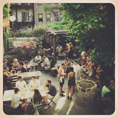 No Name Bar back patio - Williamsburg - Brooklyn