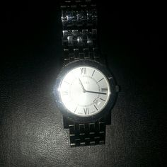 Gucci watch 5200 M.1 Good Condition Gucci Accessories Watches