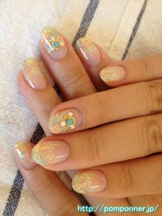Bridesmaid nails? Nail Art Tie Dye pattern of lame with a sense of clear orange, green and yellow