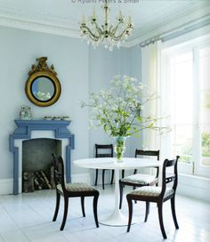 Love a tulip table with ornate, antique or traditional chairs. Traditional Chairs, Wood Dining Room, Tulip Dining Table, White Painted Wood Floors, Dining Room Blue, Tulip Table, Room, Modern Dining Room, Dining