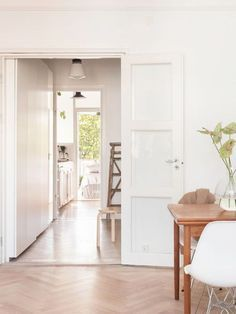 Interior Designers Have Spoken—These Are the Best White Paints The 14 Best White Paint Colors That I Best White Paint, White Paint Colors, White Paints, First Apartment Tips, Apartment Needs, Farmhouse Side Table, Cute Dorm Rooms, Floor Patterns, Herringbone Pattern