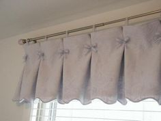 Gathered Valance – I think I'd use something other than bows – buttons maybe? Cute Curtains, Curtains And Draperies, Valances, Kitchen Window Treatments, Custom Window Treatments, Rideaux Shabby Chic, Shabby Chic Kitchen, Curtain Designs, Window Coverings