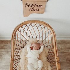 Nothing better than baby stretches #finnincrib    #Regram via @christine_simplybloom