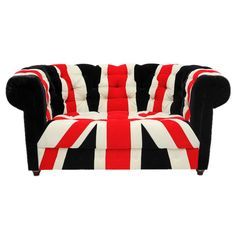 An anglophile's dream couch!