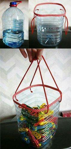Cesto de garrafão de água. Ideias: cesto de pregador, lixo, brinquedo, quinquilharias, prendedor de cabelo...