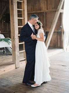 Photography : Jeremiah And Rachel Photography | Wedding Dress : Grace Loves Lace Read More on SMP: http://www.stylemepretty.com/2015/04/15/rustic-sweet-pennsylvania-wedding/