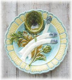 Superbe ancienne assiette à asperge artichaut barbotine XIX