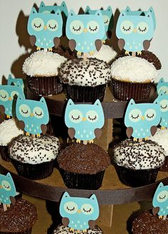Baby shower ideas for girls owls theme cupcake toppers 25 Ideas for 2019 First Birthday Cupcakes, Baby Girl Birthday, Birthday Gifts For Girls, Happy Birthday, Owl Cupcakes, Themed Cupcakes, Dyi Decorations, Baby Boy Baptism, Baby Shower Cakes For Boys