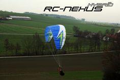 DIE RC-NEXUS STORY Hacker SWING RC-NEXUS HYBRID Die Hacker Para-RC Serie bekommt wieder spektakulären Nachwuchs Nachdem unsere RC-Paraglider viele Modellbauerherzen in den vergangenen Jahren erober…