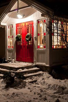 Christmas -French Farmhouse - Scandinavian style, too!