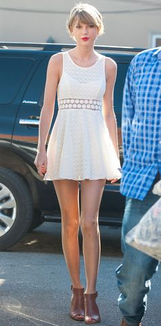 Look of the Day - January 19, 2015 - Taylor Swift in Free People from #InStyle