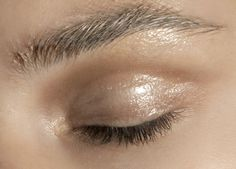 lamorbidezza:  Makeup atAkris Spring 2011