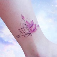 Tattoo lotus geometry crystals on foot mini . - My Tattoos - Tattoo lotus geometry crystals on foot mini . - My Tattoos - Mini Tattoos, Cute Tattoos, Beautiful Tattoos, Flower Tattoos, Body Art Tattoos, Tattoos Bein, Small Tattoos Men, Foot Tattoos For Women, Small Tattoos With Meaning