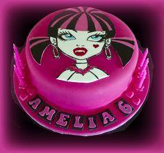 Draculaura Monster High Cake Tutorial