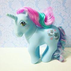 my little pony Original My Little Pony, Vintage My Little Pony, Retro Toys, Vintage Toys, My Little Pony Unicorn, Bloom Baby, Cute Fantasy Creatures, Kids Toys, 90s Kids