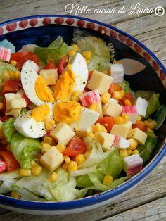 insalatona mista - nella cucina di laura Veggie Recipes, Salad Recipes, Healthy Recipes, Coconut Benefits, Clean Eating, Healthy Eating, I Foods, Food Inspiration, Italian Recipes