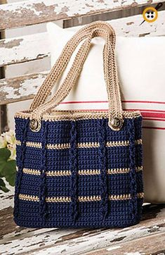Anchors Aweigh Tote in Sinfonia by Kathy Olivarez in Crochet! magazine Anchors Aweigh Tote pattern by Kathy Olivarez, Crochet Patterns - Design is maCrochet Accessory Patterns - Design is made using 2 skeins of Navy and 1 skein of Khaki DK-weight Ome Mode Crochet, Crochet Shell Stitch, Bead Crochet, Crochet Crafts, Crochet Stitches, Crochet Hooks, Tunisian Crochet, Filet Crochet, Diy Crafts