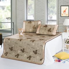 Mickey Mouse Coffee Disney Summer Sleeping Mat Set Mickey Mouse And Friends, Minnie Mouse, Mickey Mouse Bedroom, Disney Bedding, Disney Home, Decorative Accessories, Bedding Sets, Sleep, Coffee