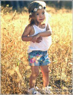 lala... #MiniHipster.com: kids street fashion (mini hipster .com) love = ]