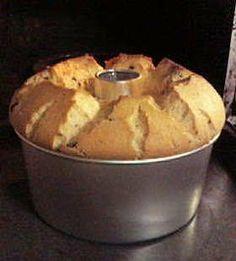 完璧レシピの☆シフォンケーキ☆ Homemade Sweets, Homemade Cakes, Sweets Recipes, Cooking Recipes, Cafe Food, Dessert Bread, Desert Recipes, I Love Food, How To Make Cake