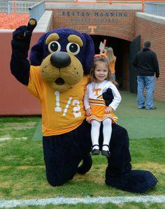 Twitter / volgal48: @Vol_Sports #Tennesseetots Here is Tori with one of her best friends @UTJrSmokey