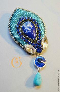 Fair Masters - handmade We go a long line of blue bird (brooch). Seed Bead Jewelry, Bead Jewellery, Beaded Jewelry, Jewelery, Beaded Necklace, Beaded Bracelets, Seed Beads, Bead Embroidery Jewelry, Beaded Embroidery
