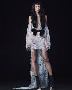 Vera Wang Fall 2016 Wedding Dress Collection   Martha Stewart Weddings