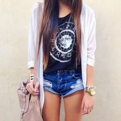 Cute Hipster Outfits For Girls: As you can see cute hipster outfits celebrate the unique and individual person you are. But before you let yourself go berserk with cute hipster outfits, do consider what touches will work with the way you look. Daily Fashion, Cute Fashion, Look Fashion, Teen Fashion, Womens Fashion, Fashion 2015, Spring Fashion, Fashion Trends, Sporty Fashion