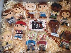 @Hollie Baker A L E Y |  V A N  |  L I E W Nanney  Walking Dead cookies by Bimpy's Bakery