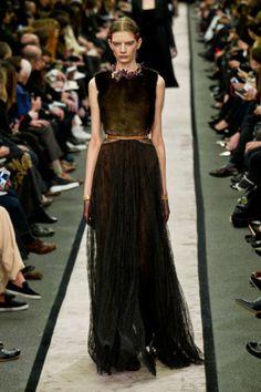Défilé Givenchy automne hiver 2014-15 : Une robe mystérieuse mais féerique ! #PinPFW