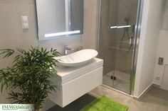 NEXT to SOPHIE'S - Traumhaft sanierte 2 Zimmer Stilaltbauwohnung - ca. 35,62m² €… Next, Alcove, Bathtub, Vanity, Bathroom, Real Estates, Homes, Standing Bath, Dressing Tables