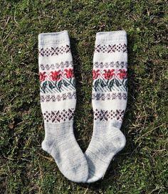 Wool knee stockings Pure sheep wool socks Winter wool stockings Warm high knee socks Stylish thick high socks Made in Russia Christmas socks Pink Socks, Wool Socks, High Knees, Crochet Slippers, Knee Socks, Organza Gift Bags, Sheep Wool, Vintage Wool, Leg Warmers