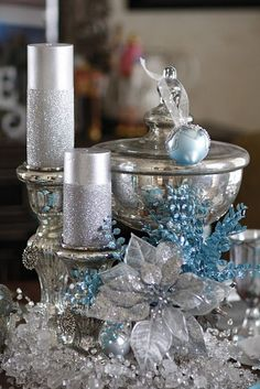 blue and silver christmas table decorations Christmas Lights Outside, White Christmas Trees, Ribbon On Christmas Tree, Christmas Tree Themes, Silver Christmas, Christmas Fun, Beautiful Christmas, Outdoor Christmas, Turquoise Christmas