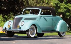 1937 Ford Deluxe Cabiolet