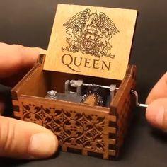 Sankyo Beech Wooden Heart Shape Music Box  ♫ The Godfather Theme  ♫