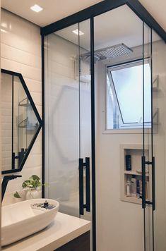 Banheiros pequenos decorados: 100 idéias, fotos e projetos - Baño - Bathroom Layout, Bathroom Interior Design, Small Bathroom, Bathroom Ideas, Bathroom Designs, White Bathroom, Bad Inspiration, Bathroom Inspiration, Design Case
