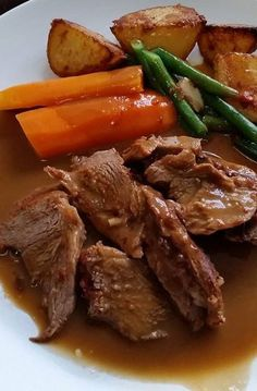 Roast lamb cooked in the Thermomix Roast Beef Recipes, Lamb Recipes, Grilling Recipes, Meat Recipes, Cooking Recipes, Healthy Recipes, Roast Dinner, Main Meals, The Best
