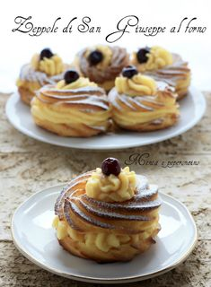 Baked San Giuseppe Zeppole: a dessert with an irresistible aroma and flavor . - Baked San Giuseppe Zeppole: a dessert with an irresistible aroma and flavor! Italian Pasta Recipes, Best Italian Recipes, Cupcake Recipes, Dessert Recipes, Macarons, Bread Cake, Pastry Shop, Almond Cookies, Easter Recipes