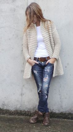 Knitting Patterns Jacket oatmeal knitted jacket swing jacket hand knit jacket by ileaiye Sweater Knitting Patterns, Cardigan Pattern, Knitting Designs, Hand Knitting, Knit Cardigan, Knit Fashion, Sweater Fashion, Knit Jacket, Mode Outfits