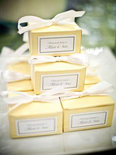 15 Creative Wedding Menu Ideas Cake Bowedding