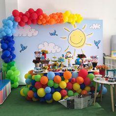 Para comemorar os 2 aninhos de Bento Aquarela (Toquinho)  Obrigada pela confiança @franvian ☺️😍❤️ Projeto, montagem e balões @q10festa… Wild One Birthday Party, Boy Birthday Parties, Minion Birthday, 3rd Birthday, Bmw Z5, Spiderman Theme Party, Kunst Party, Birthday Backdrop, Art Party
