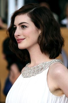 Anne Hathaway Photo - 15th Annual Screen Actors Guild Awards - Arrivals
