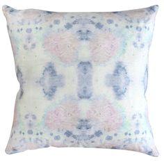 Species – Hide pillow | ESKAYEL