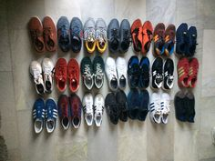Recently someone we know was asked about his collection of runners, now in fairness this is not even 10% of his apparently in excess of 100 pairs ( all in perfect condition ) runners! Proudly flaun…